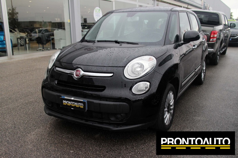 fiat 500l living 1 3 multijet 95 cv lounge. Black Bedroom Furniture Sets. Home Design Ideas