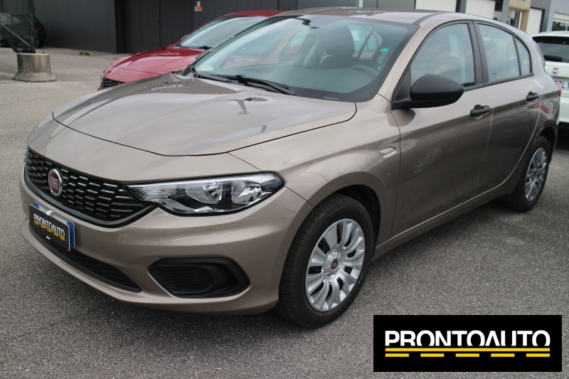 FIAT Tipo 1.3 Mjt S&S SW Lounge